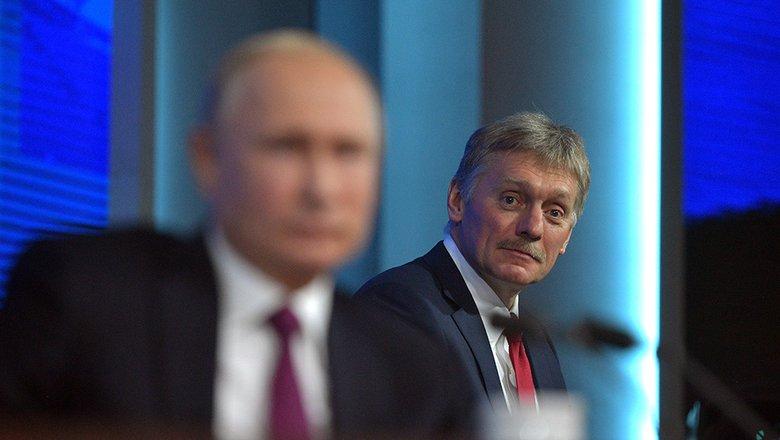 Песков сообщил детали о десятках заболевших COVID-19 в окружении Путина