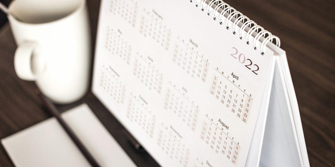 Правительство РФ опубликовало календарь праздничных дней в 2022 году