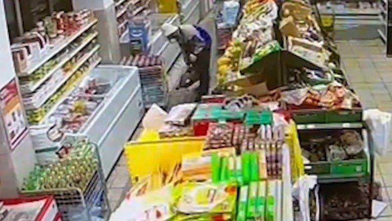 Следователи задержали дезинфектора по делу об отравлении арбузом