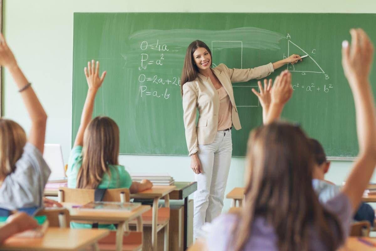 Неделя учителя пройдет в Адыгее до 10 октября